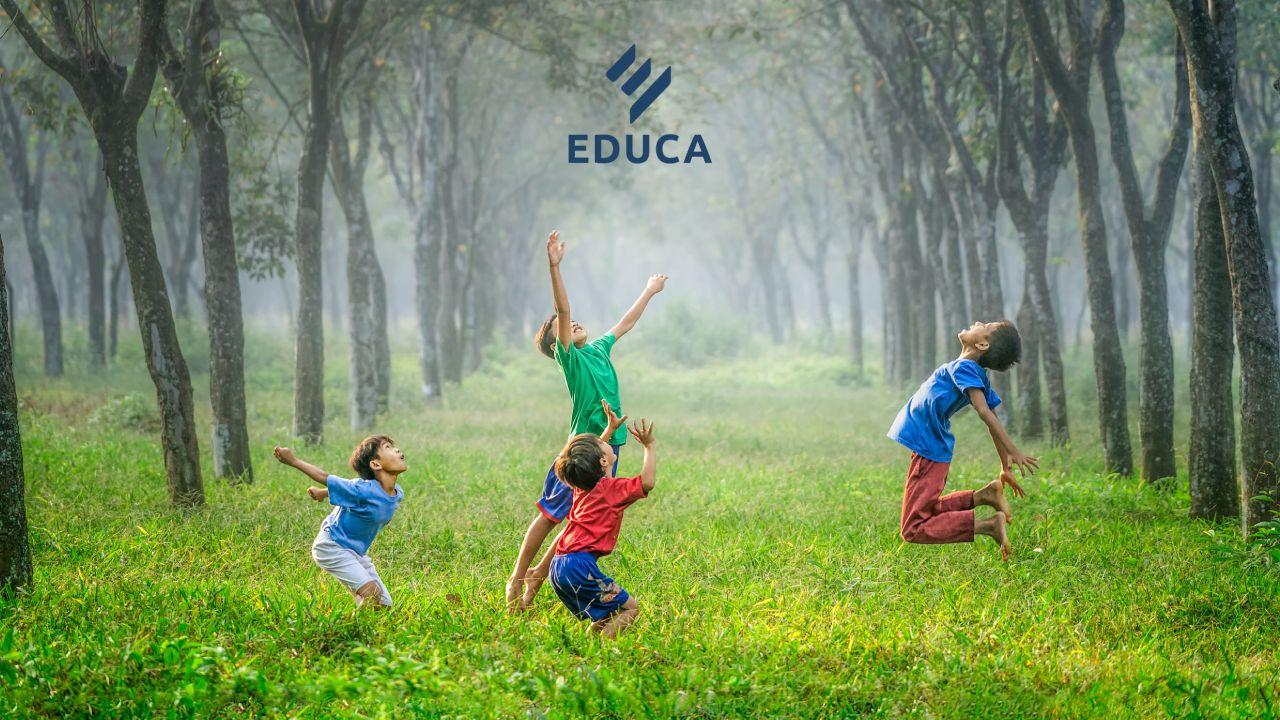 การพัฒนากิจกรรมการเรียนการสอนด้วยกิจกรรมทางกาย การละเล่นพื้นบ้านและการออกกำลังกายด้วยวิถีไทย